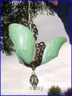 1930s ART DECO GREEN GLASS SLIP SHADE 3 PENDANT CEILING LIGHT LAMP CHANDELIER
