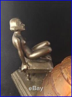 ART DECO/NOUVEAU NUDE FIGURAL LADY TABLE DESK LAMP w CRACKLE GLAS GLOBE c. 1920s