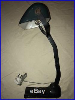 Antike Emaille Tischlampe Banker Lampe Bauhaus Art Deco 1920 Kontorlampe Horax