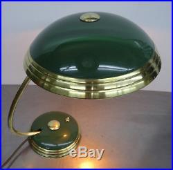 Antike Helo Leuchte grüne Messing Tischlampe Lampe Art Deco Bauhaus 1930er