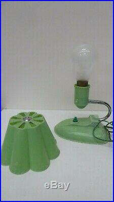 Antique Art Deco Green Speckled Bakelite Lamp Chrome Arm Wall Light Nta 809