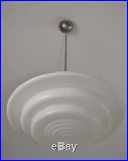 Art Deco 20er 30er MITHRAS Bauhaus Lampe Deckenlampe Opalglas weiß Milchglas