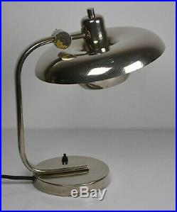 Art Deco Bauhaus Funktionalismus Tischlampe Nickel