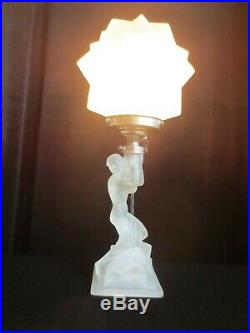 Art Deco Glass Lady Lamp Light Walther and Sohne Star Shade Original
