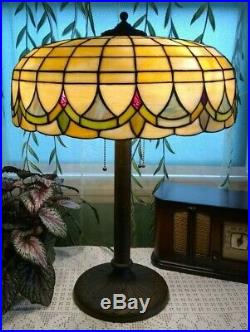 Art Deco Leaded glass lamp Nouveau Handel Tiffany arts crafts slag era