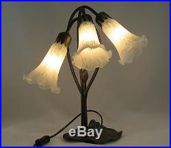 Art Deco Lily 3l Table Lamp In Antique Brass Finish + Frosted White Glass Shades