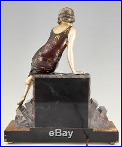 Art Deco figural lamp sculpture lady with swan Uriano France 1930