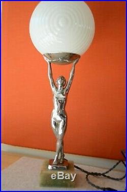Französische Art Deco Chrom Akt Tischlampe Standlampe signiert Limousin um 1920