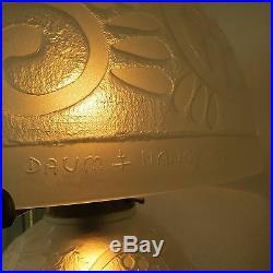 Große Art Deco Lampe, signiert, h 40 cm in der ART von Daum Nancy France