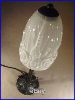 Hettier & Vincent Et Baccarat Lampe Art Deco Cataloguée Fer Forgé Et Tulipe
