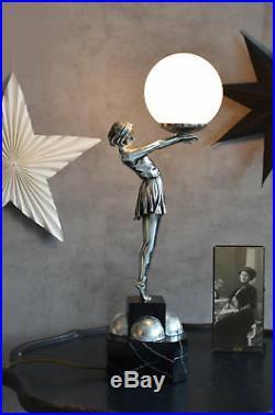 LAMPE ART DECO Tischlampe FRAUENFIGUR Tischleuchte Kugelschirm Nachttischlampe