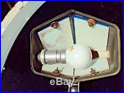 Lampe de bureau pirouette art-déco en métal chromé et verres bleus début 20 ème