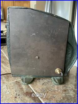 Rare Antique A. W. Reiser Cast Iron Peacock/Art Deco/radio/TV Lamps