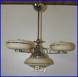 Schöne Deckenlampe Deckenleuchter 3-armig creme farben 20er jahre Art deco Chrom