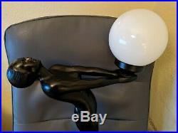 VINTAGE ART DECO NOUVEAU 30 NUDE WOMAN BLACK GLOBE TABLE LAMP Frankart style