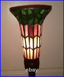 Vintage ART DECO LADY HOLDING leaded Stained Glass Table LAMP Nouveau Metal 16