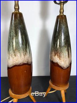 Vtg Ceramic Lamp Set of 2 with Wooden Tripod Legs Mid Century Modern Art Deco 25
